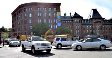 Lower Mills traffic on Monday: Major back-ups reported