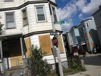 The corner of Colman and Henry Streets in September of 2007