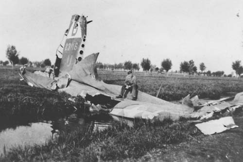 B17: Wreckage of the B17 on which two Dorchester men were crew mates after it was shot down on July 28, 1943, near Hoornaar and Schelluinen in Holland. 	Photo courtesy Peter den Tek