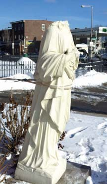 Vandalized statue on Columbia Rd.