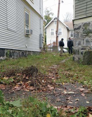 Mascot Street death investigation