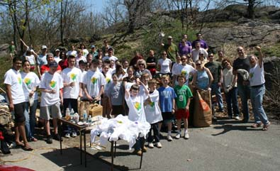 Savin Hill Shines: More than 80 people helped clean Savin Hill Park on Saturday, April 25, 2009.