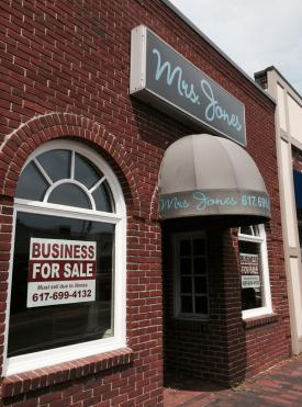 Mrs. Jones: Lower Mills eatery closed in May. Photo by Bill Forry
