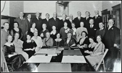 Meetinghouse Hill Co-operative Bank board of directors and spouses, 1914