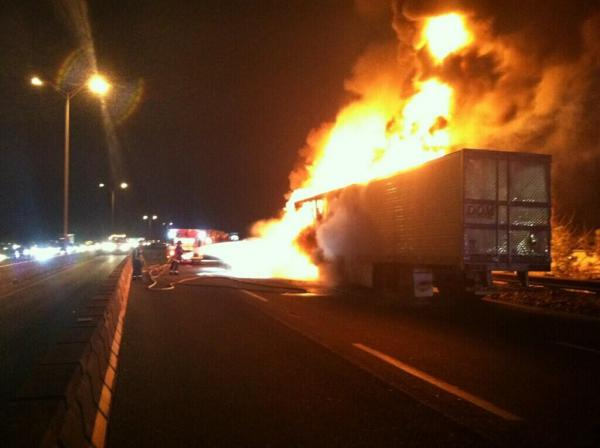 Truck fire on the Expressway