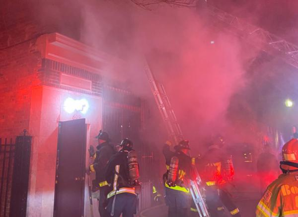 Firefighters, smoke at 693 Dudley St.